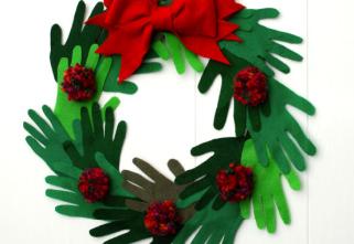 A Crucial Week Christmas Wreath Crafts