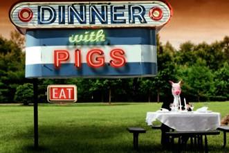 Series_Graphic___Dinner_with_pigs_913632270.jpg