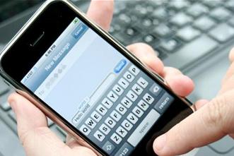 article_images/12.3.SmartPhoneSmartPastor_215822466.jpg