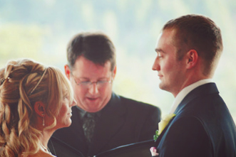 article_images/4_12_Home_Should_Pastors_Receive_Honoraria_for_Weddings___451649806.jpg
