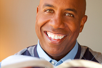 article_images/4_30_Home_7_Ways_to_Support_Your_Pastor_On_Sundays_182360500.jpg