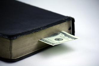 article_images/5_10_Pastors_John_Piper__Don__t_Sell_the_Gospel____528163417.jpg