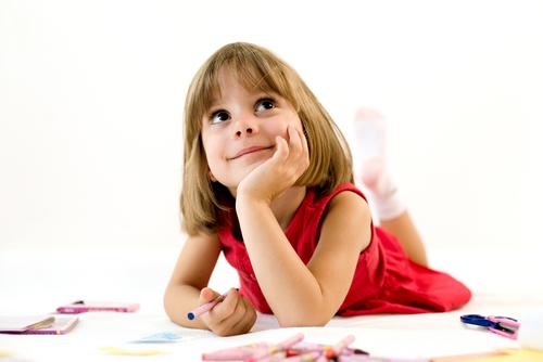 article_images/child_preschool_to_kindergarten_651950428.jpg