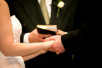 article_images/preaching_a_wedding_the_practical_dos_and_donts_861826225.jpg