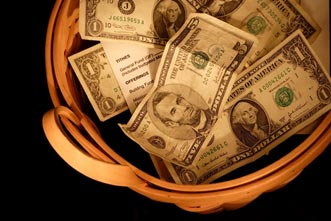 article_images/preaching_on_money_choose_the_right_theme_346980871.jpg