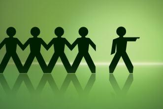 leading_group_members_to_change_529327819.jpg