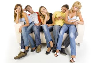 teens_waiting_635581290.jpg